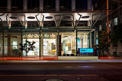 Exterior Umpqua Bank Sanfrancisco designed by Turn